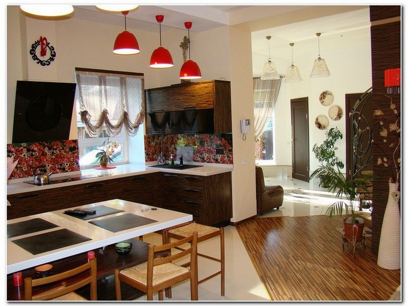 Кухня с гостиной.