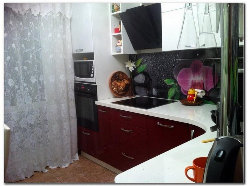 Стеклянный фартук для кухни.
