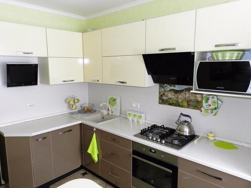 угловая кухня фото интерьер