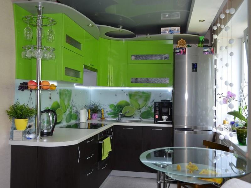 Кухня в зеленом черном цвете дизайн фото