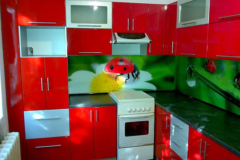 Дизайн кухни зеленого цвета (реальные фото)