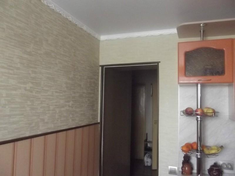 oboi-dlya-svetloy-kuhni (33)