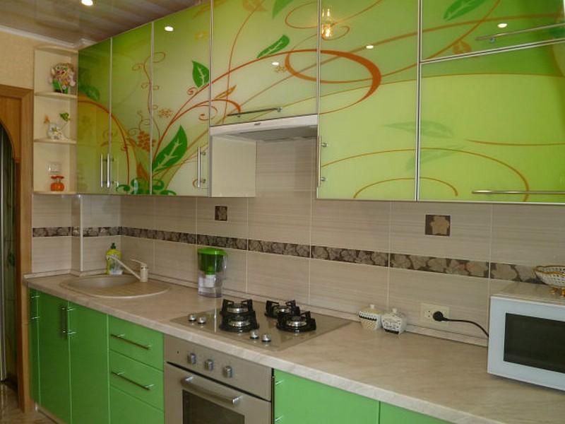 Дизайн желто-зеленой кухни, фото
