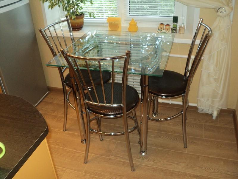 stol iz stekla (12)