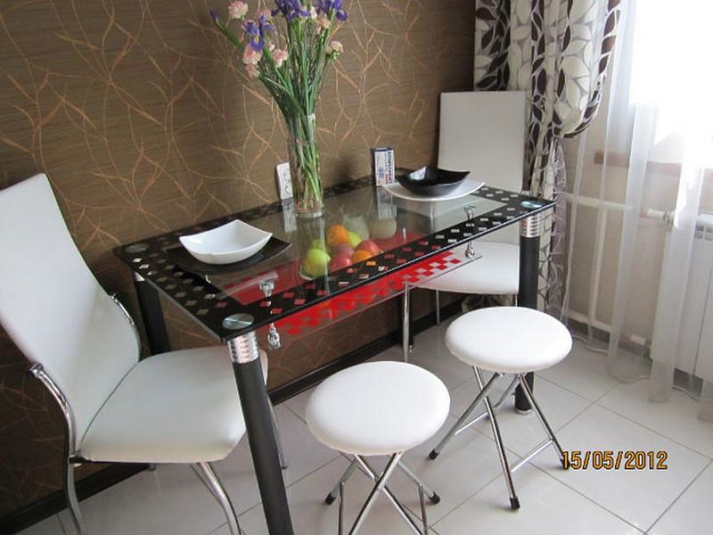 stol iz stekla (6)