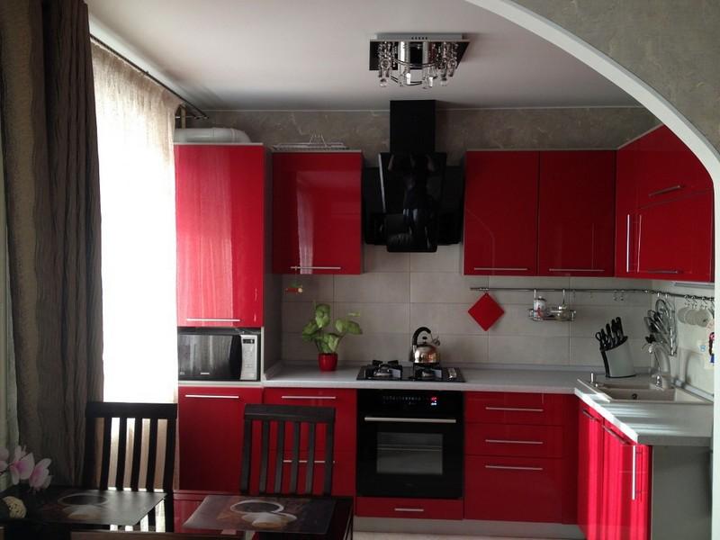Бордовая кухня: оттенки, цветовое сочетания, стиль, фото