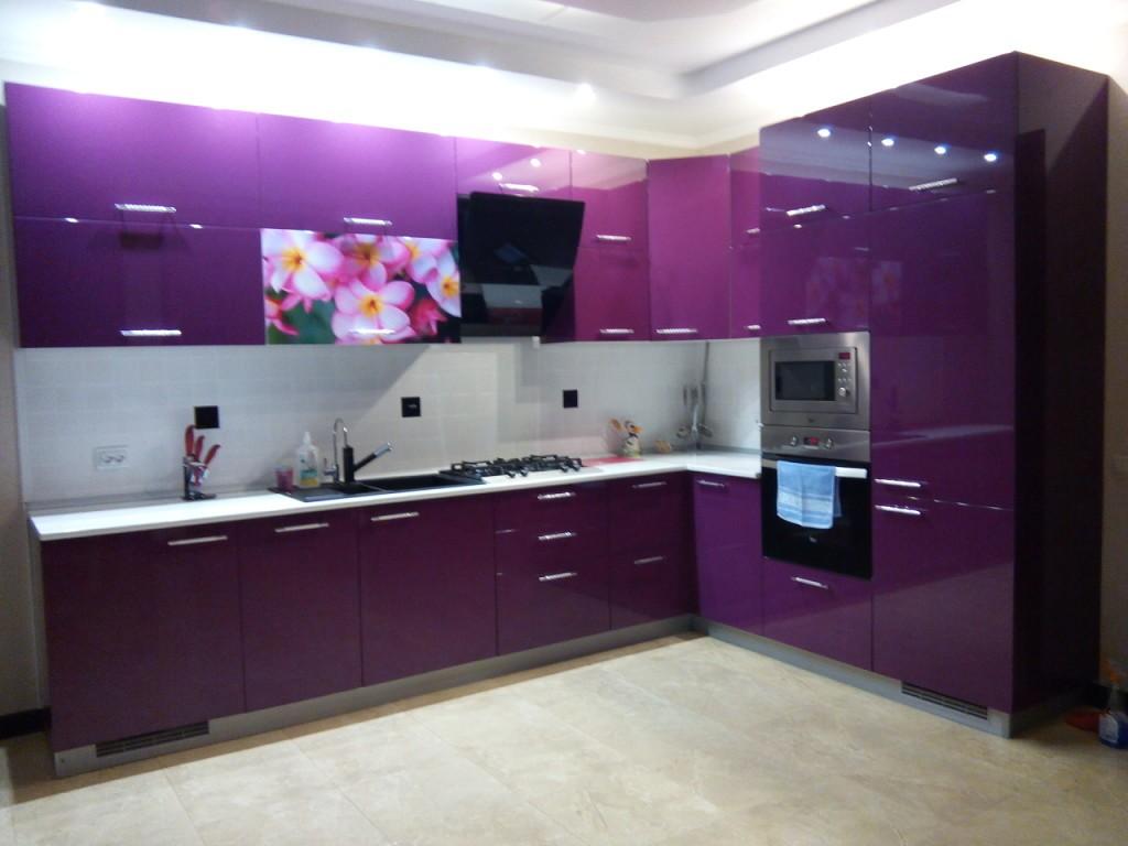 Дизайн спальни темно фиолетовый 84