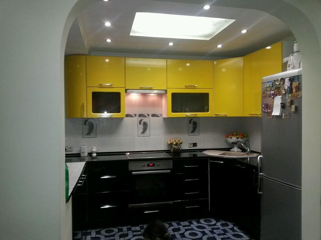 Дизайны кухонь в современном стиле для загородного дома