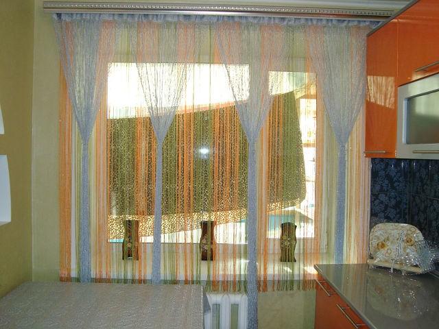 Короткие шторы для кухни (реальные фото)