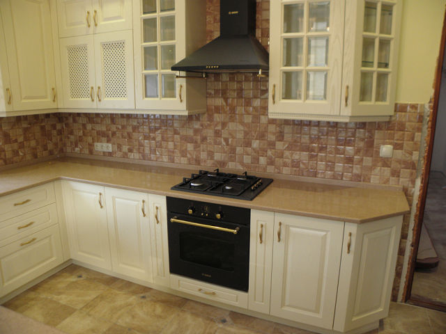 Дизайн кухни цвета слоновой кости (реальные фото)