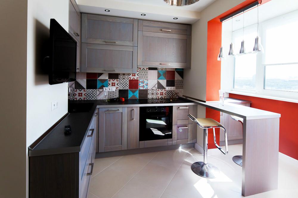 Угловая кухня: плюсы и минусы, правила оформления, полезные советы