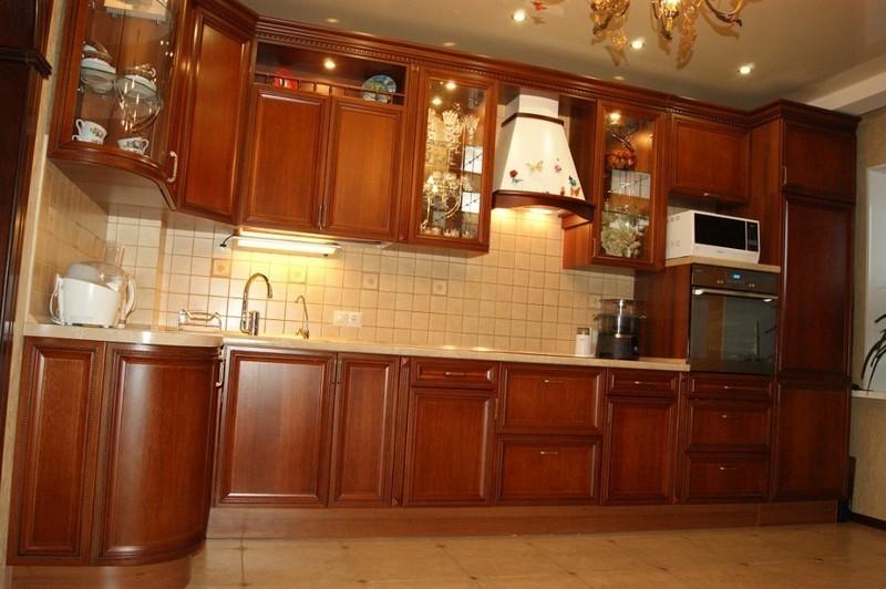 Кухонный фартук из керамической плитки: плюсы, разновидности, способы укладки, фото примеры