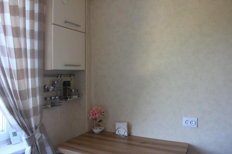 Кухня в сталинке: особенности ремонта, выбор стиля, цвета и мебели, реальные фото