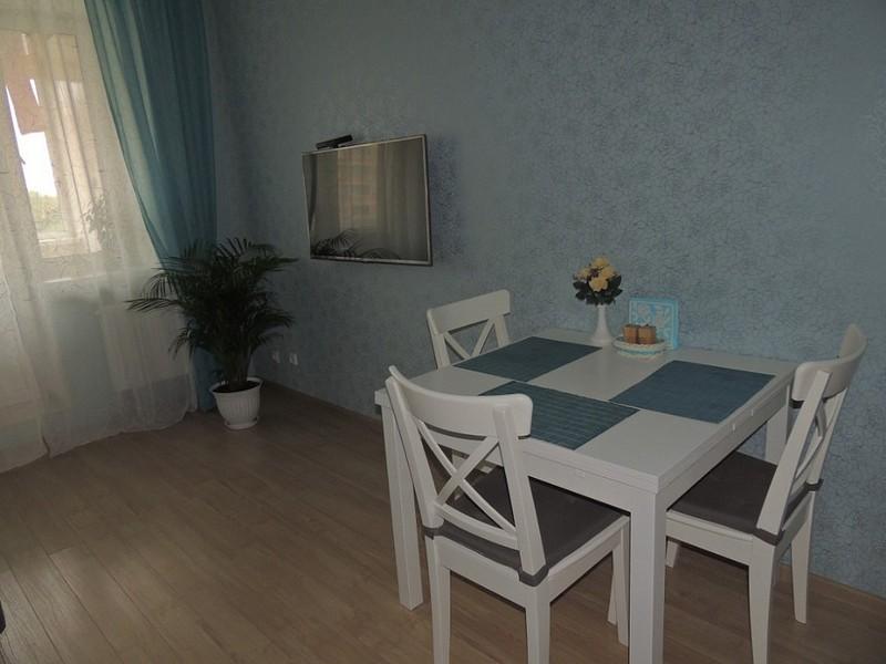 derevyannui stol12
