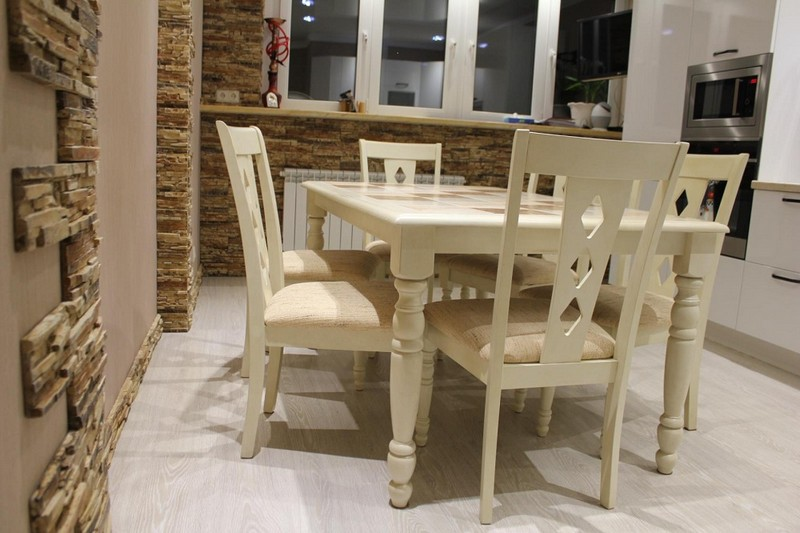 derevyannui stol54