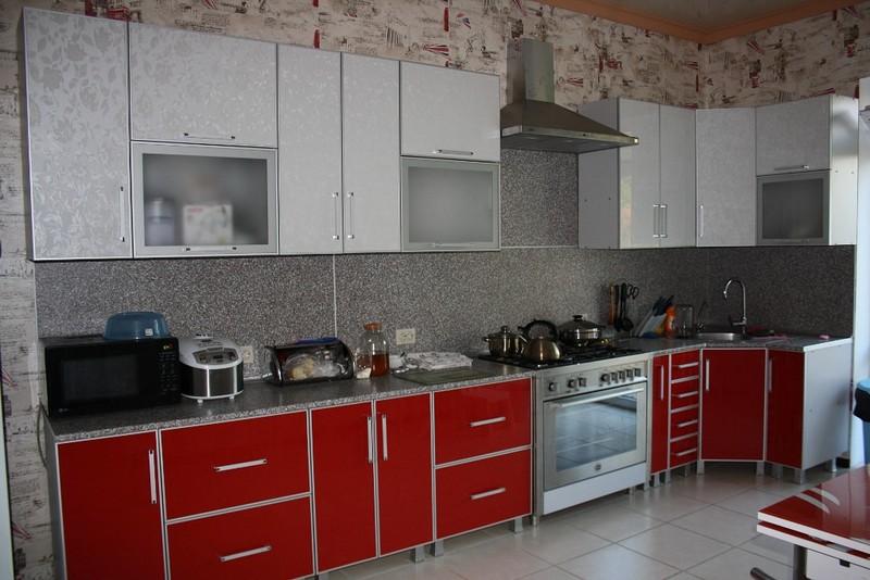 Кухни эконом класса: преимущества и недостатки, как выбрать мебель, 80+ реальных фото примеров