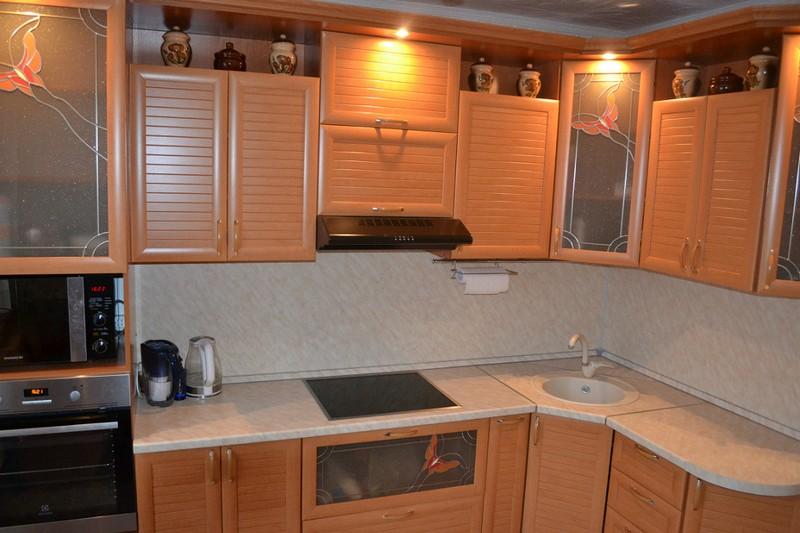 Как правильно организовать освещение на кухне: общий свет, подсветка рабочей и обеденной зоны, 110+ реальных фото примеров