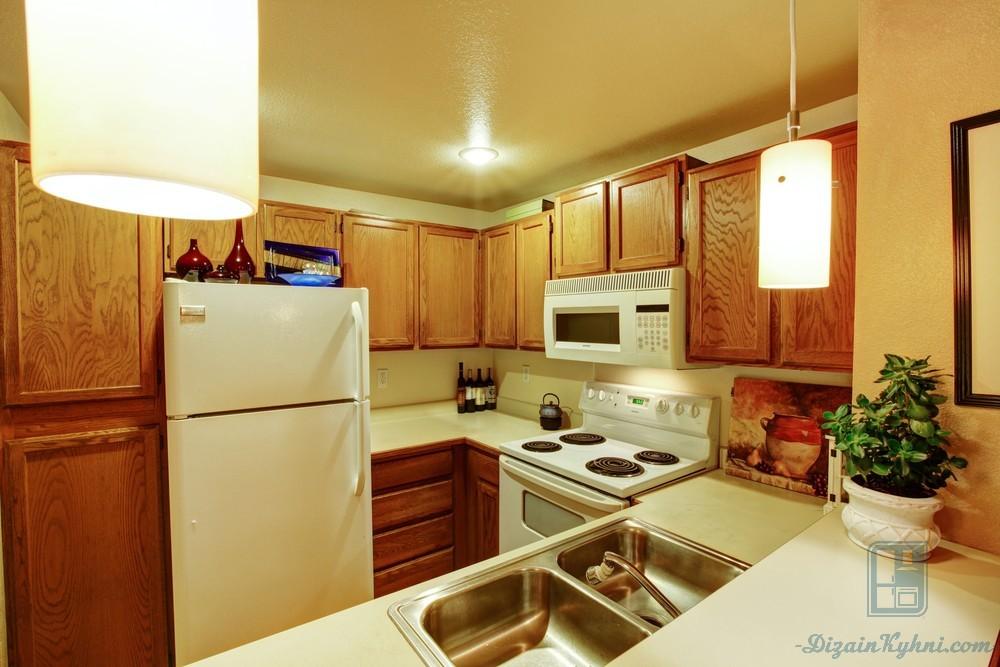 15 идей по обустройству маленькой кухни (70+ фото примеров)