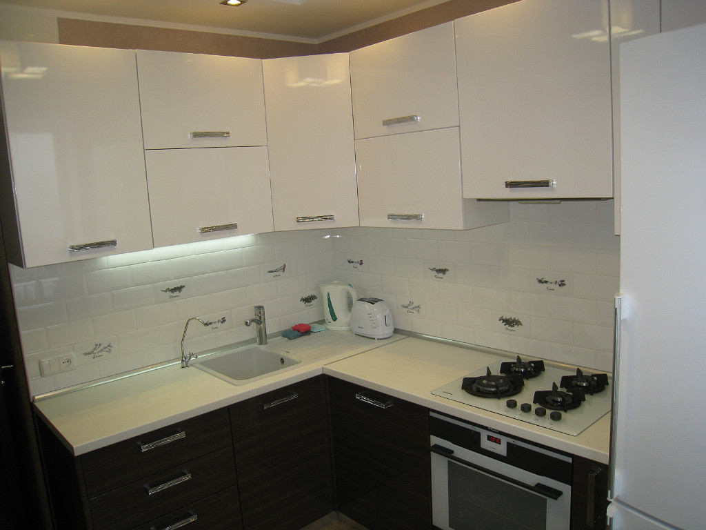 Дизайн кухни 3 на 3 кв метра: советы по обустройству, реальные фото примеры