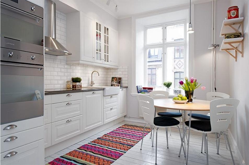 Ковер в интерьере кухни: советы по выбору и размещению (фото примеры)