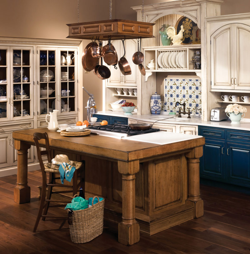 Дизайн кухни в колониальном стиле: 50+ фото примеров, практические советы по оформлению