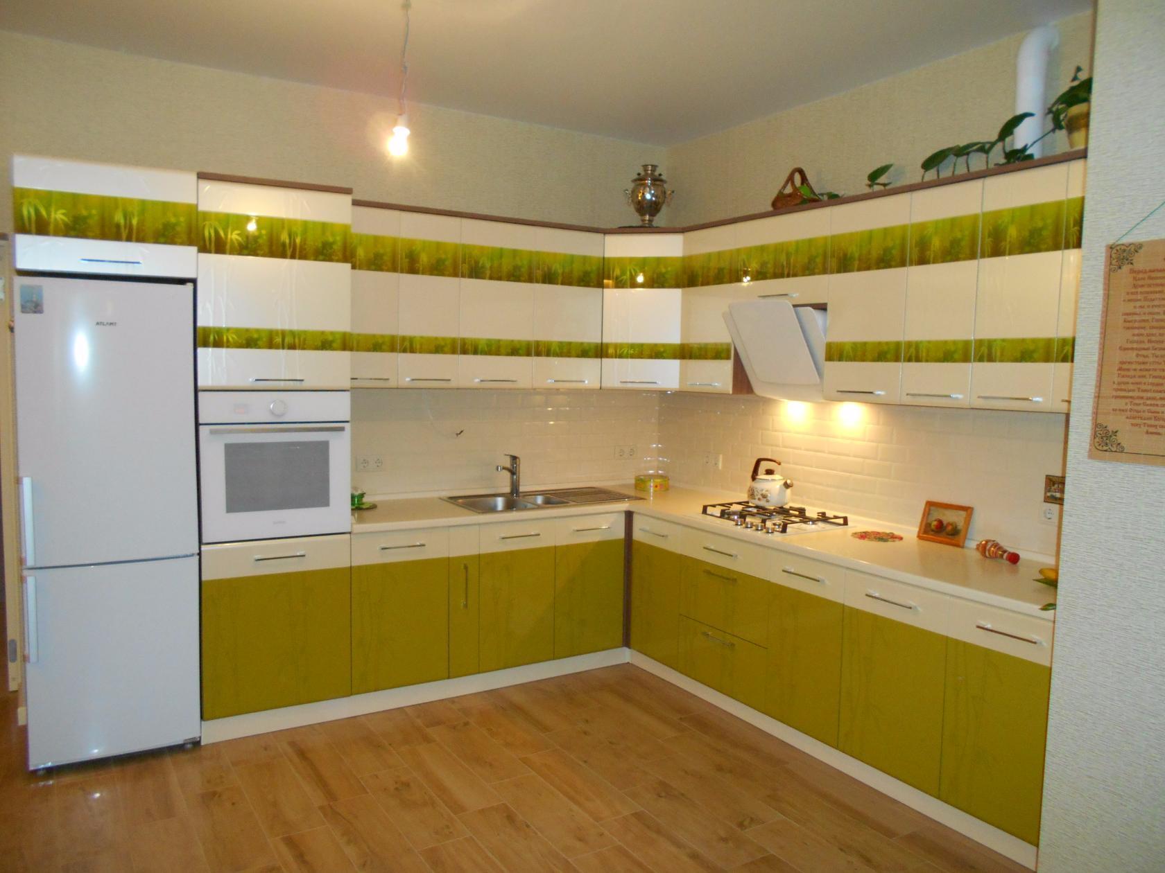 Выбираем ламинат для кухни: советы по уходу и эксплуатации, реальные отзывы и фото примеры