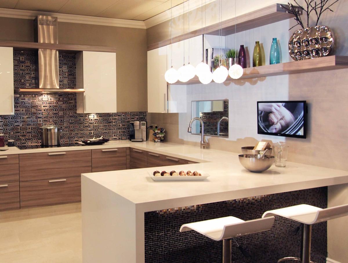 Дизайн кухни с полуостровом: 15 советов по обустройству от дизайнеров и 70+ реальных фото примеров