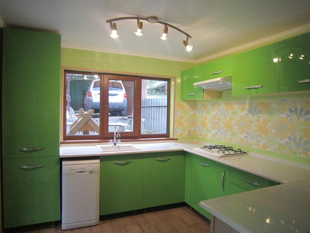 Салатовая кухня: 120+ фото примеров, советы по оформлению