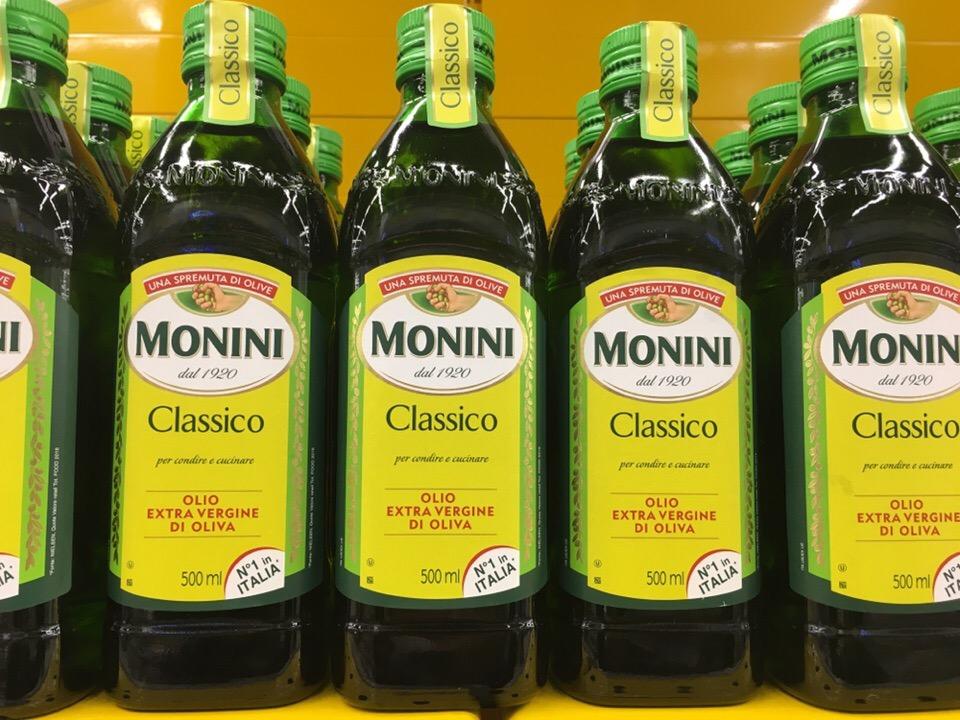 Как хранить оливковое масло после его открытия: в стекле, жестяной банке